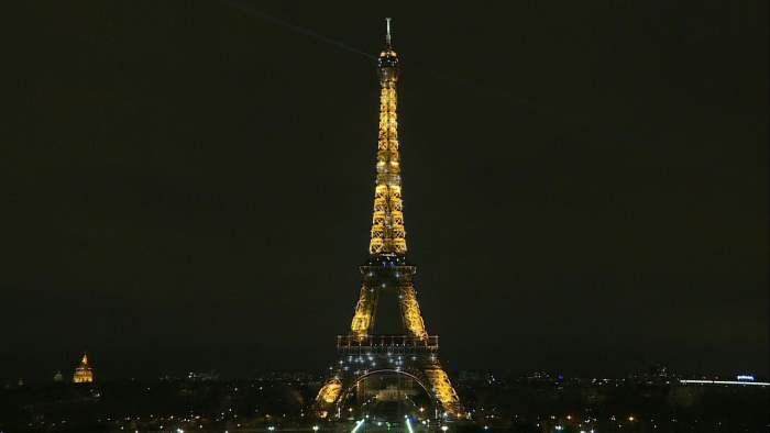 Огни Эйфелевой башни