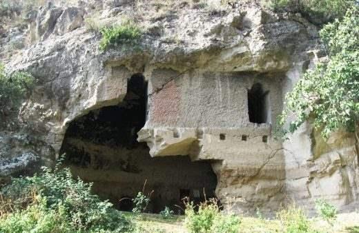 Пещерная церковь Кронка