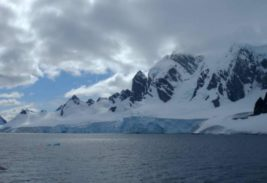 В Антарктиде на картах Google Earth