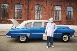 В Сысерти врачи ездят на раритетной скорой ГАЗ-12Б