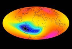 Магнитное поле Земли ослабевает, ученые думали что это произойдет еще не скоро