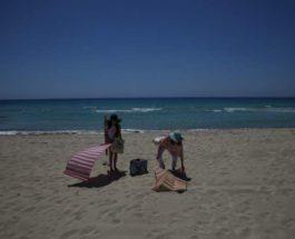 пляж туристы