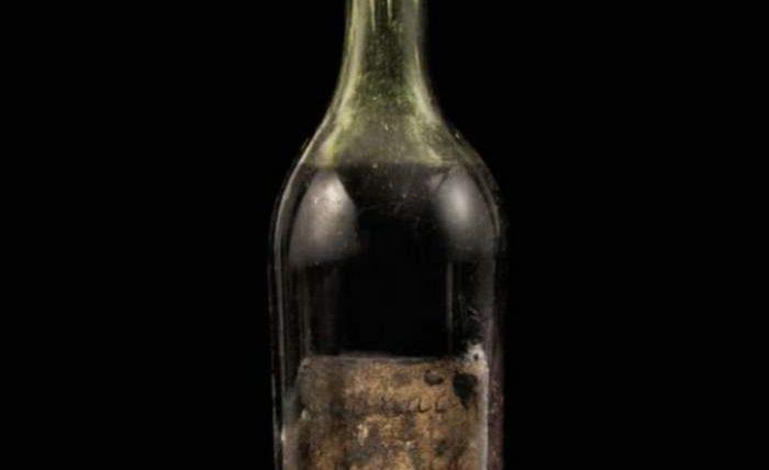 Бутылка коньяка 1762 года