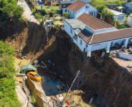 рухнул дом оползень