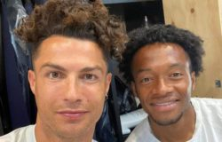 Криштиану Роналду шокировал поклонников фотографией своих волос