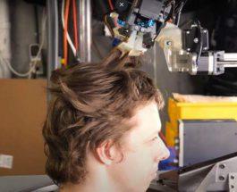 робот парикмахер