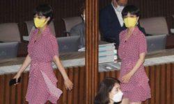 Южнокорейский депутат пришла на работу в миниплатье и подверглась критике