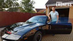 Мужчина потратил 32000 фунтов на постройку собственного автомобиля из Knight Rider