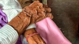 Изнасилование,Индия,бабушка,