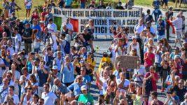 Рим,протесты,COVID,