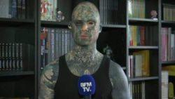 Сильно татуированный школьный учитель рискует потерять работу из-за своей внешности (ФОТО и ВИДЕО)