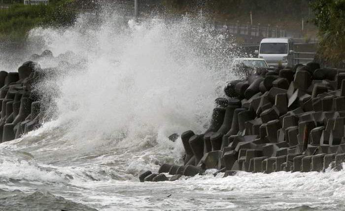 Япония,Тайфун,
