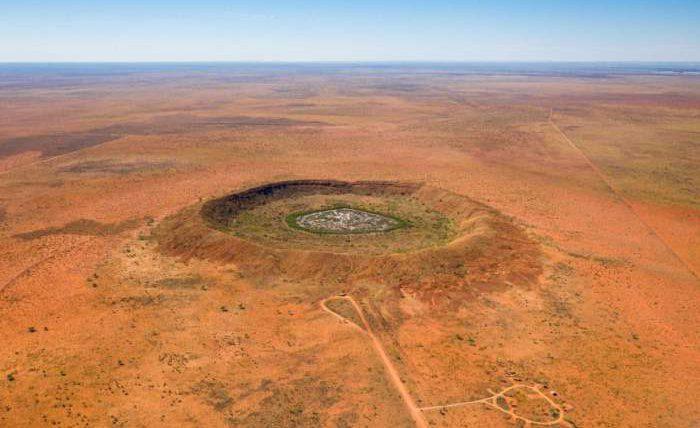 метеорит,метеоритный кратер,