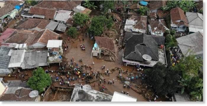 наводнение,Индонезия,