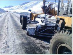 Кыргызстан засыпало ранним снегом (ФОТО и ВИДЕО)