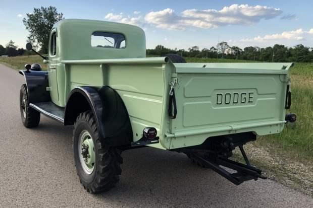 Dodge Power Wagon B-3-PW 1952