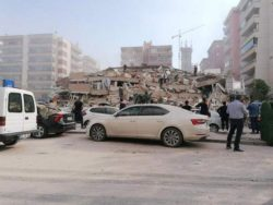 Разрушительное землетрясение сотрясло Грецию и Турцию