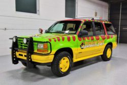 Ford Explorer XLT 4×4 Jurassic Park Tribute выставлен на аукцион
