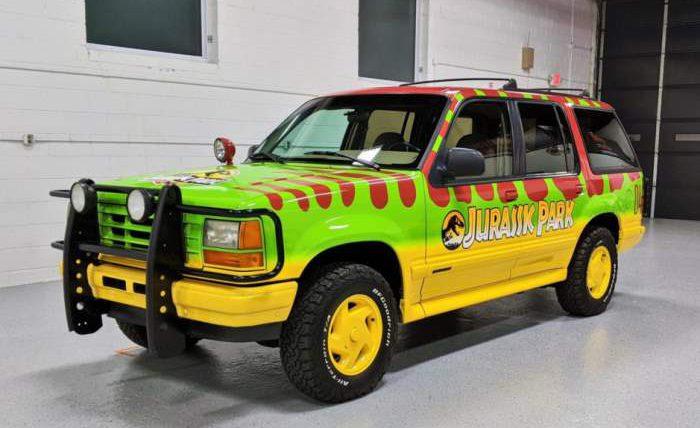 Ford Explorer XLT 4×4,Jurassic Park Tribute,