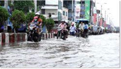 Десятки тысяч человек пострадали от наводнения на севере Бангладеш — рекордные 17 дюймов дождя всего за 12 часов — 50 000 гектаров посевов затоплены
