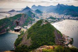 Microsoft обучит 5,5 млн бразильцев работе с данными, облаком и искусственным интеллектом
