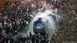 Берлин, протесты, covid-19,
