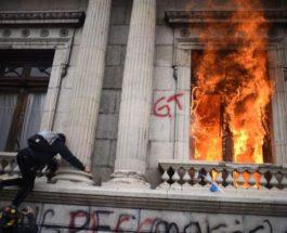 Гватемала, протесты, парламент,