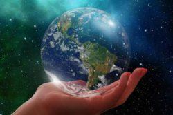 Американский ученый подсчитал, сколько стоит Земля