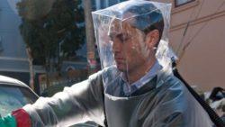 Джуд Лоу знал о пандемии еще в 2011 году