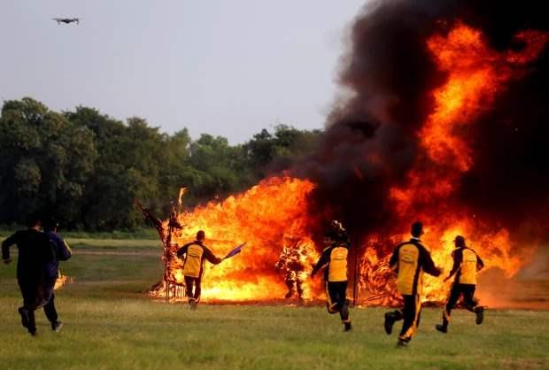 огонь трюк каскадеры