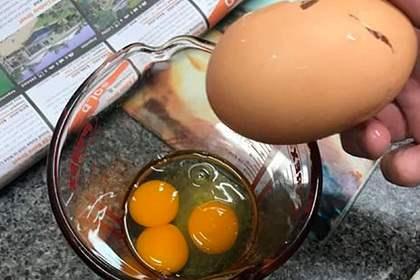 яйца, три желтка,