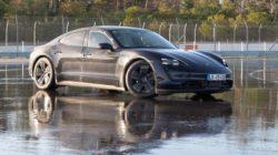 Porsche Taycan установил рекорд по длине скольжения электромобилей