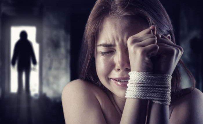 секс-рабство,мать,дочь,