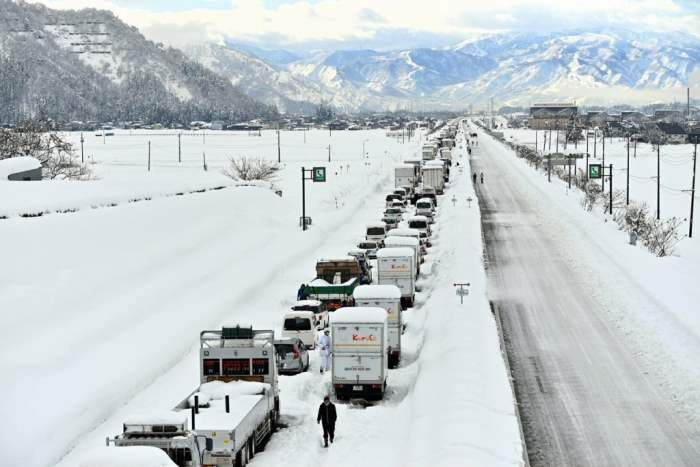 снег, снежный апокалипсис, Япония, метель, погода,