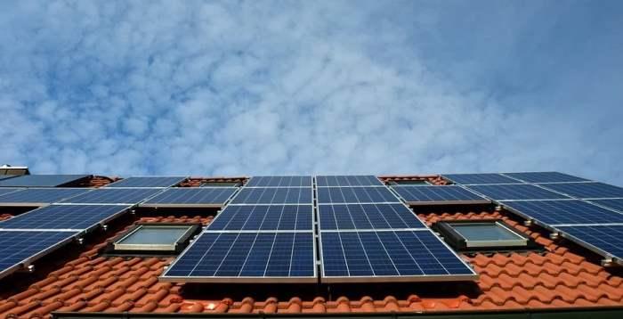 солнечные батареи, радиосвязь,