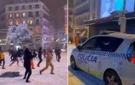 Мадрид, Испания, снег, снежки, полиция,