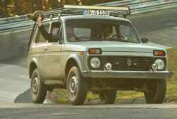 Блогер тпротестировал старую Lada Niva на легендарном Нюрбургринге (ВИДЕО)