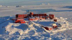 Землетрясение M7.0 и афтершоки в Антарктиде вызывают панику, поскольку официальные лица объявляют общенациональное предупреждение о цунами в Чили