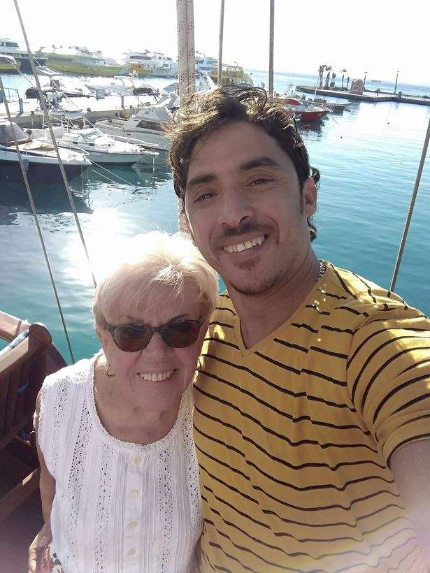 81-летняя бабушка
