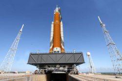 В воскресенье НАСА готовится к испытаниям самой мощной ракеты в истории человечества.