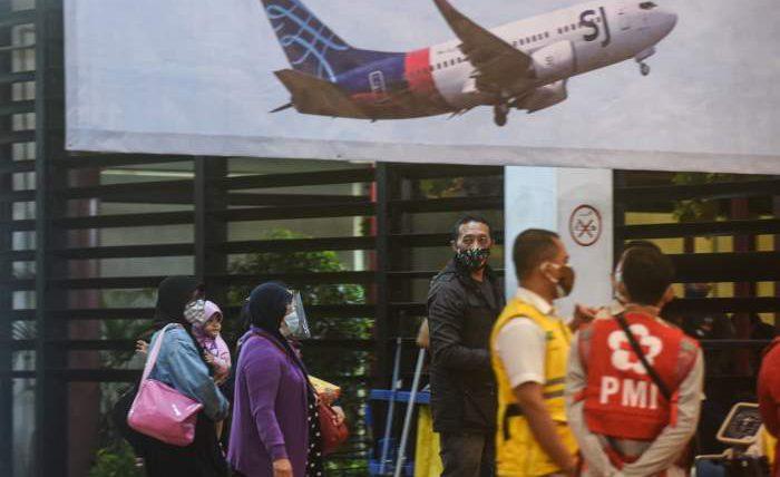 самолет, пассажиры, Индонезия, авиакатастрофа,