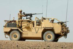 Британская армия электрифицировала боевые машины «Шакал»