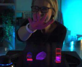 Voxon, голограмма, движение рук,