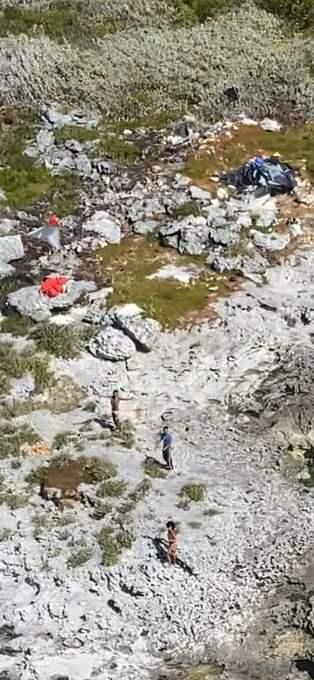 Снеобитаемого острова наБагамах после месяца выживания спасли трех человек