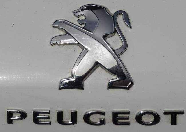 Логотип Peugeot, представленный в 2010 году.