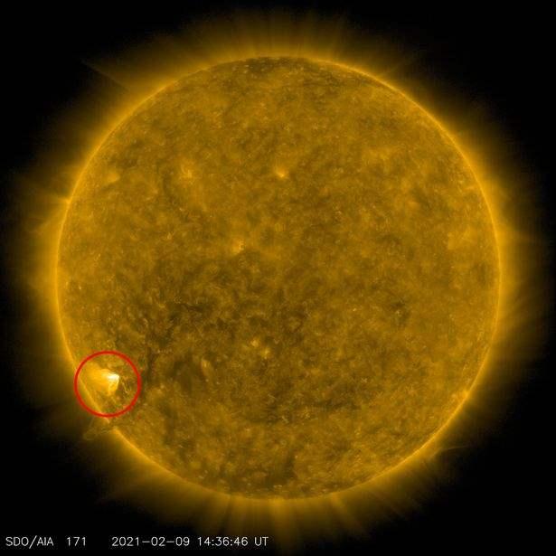 Солнце, пятно на солнце, геомагнитные бури, вспышка на солнце,