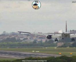 LATAM Brasil Boeing 777-300