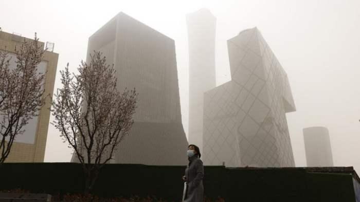 Пекин, песчаная буря,