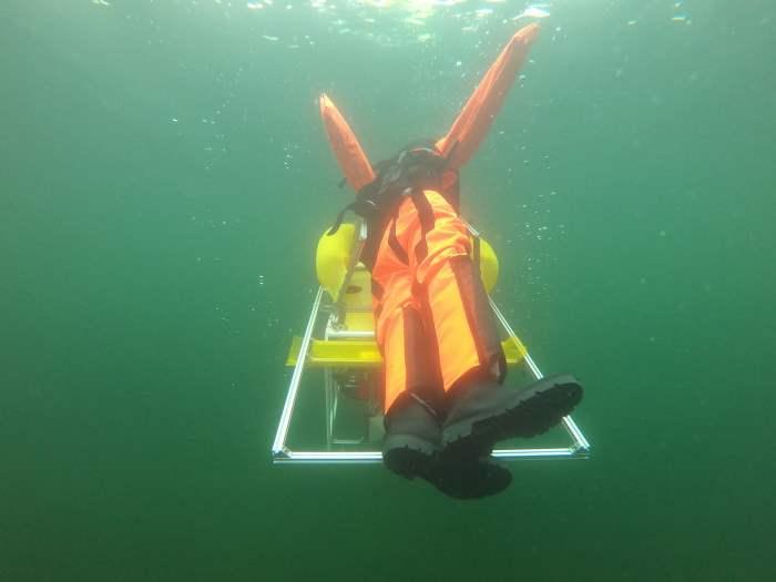 подводный робот, бассейны, спасение,