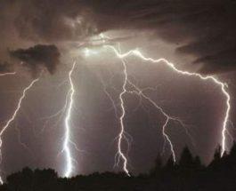Американец, молния, удар молнией,